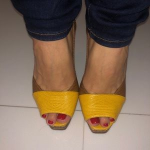 Fendista Yellow and Brown lizard platform heels